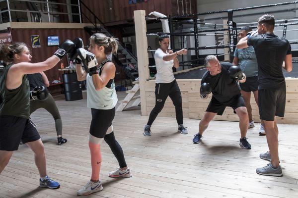 Boksclinic bij TYR Boxing
